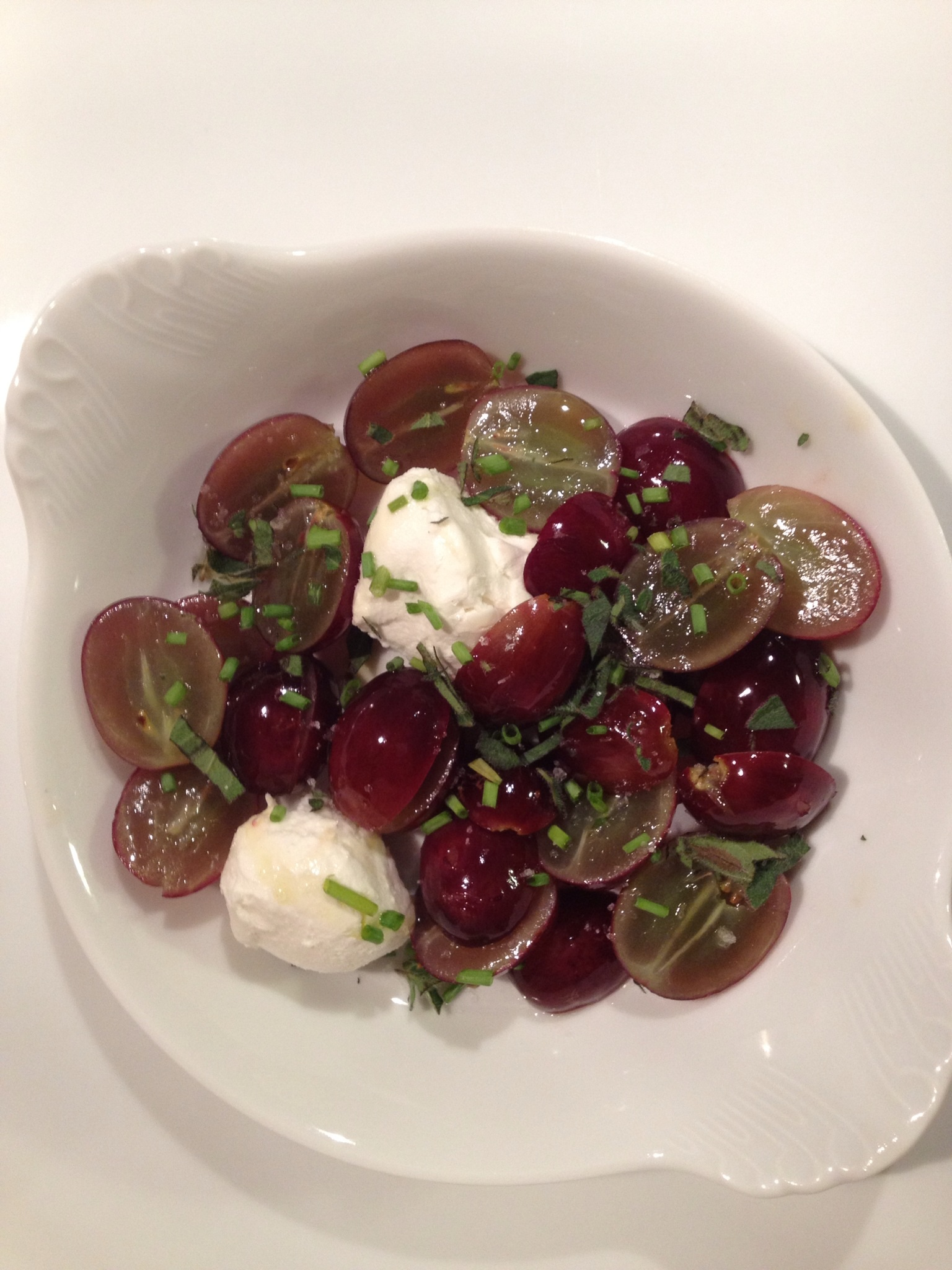 Chèvre and sautéed grapes